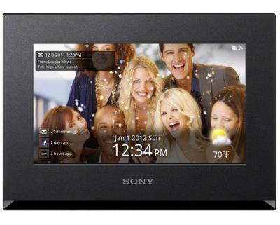 Sony-DPF-WA700-1